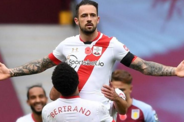 Danny Ings signs with Aston Villa